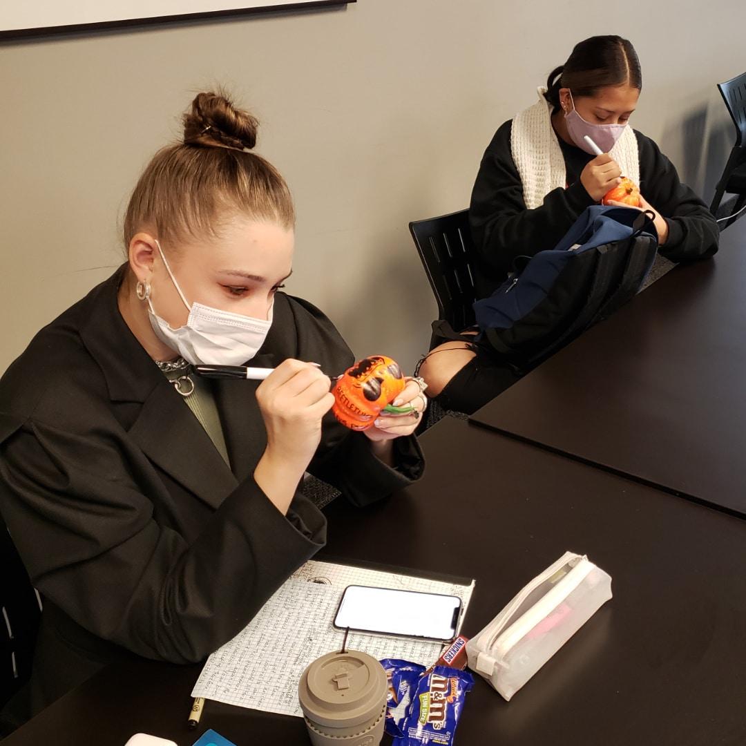 Halloween at Excel | Pumpkin Decorating Contest