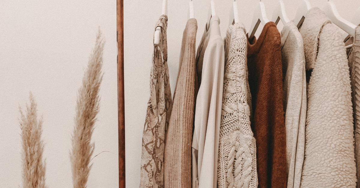 Clothes vs Close | 10 Common English Words You Are Probably Pronouncing Wrong